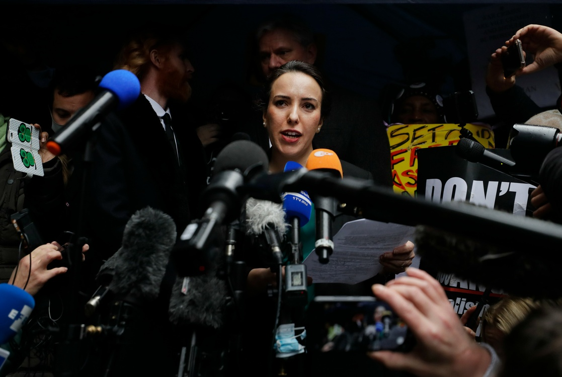 Rechaza justicia británica extraditar a Assange